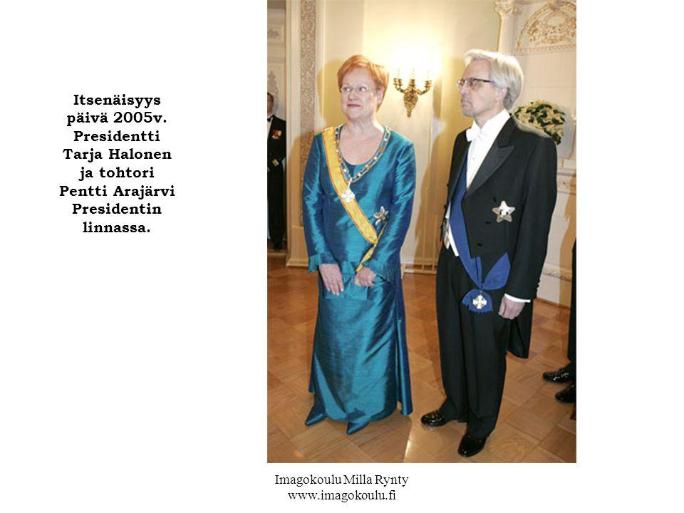 Itsenäisyys päivä 2005v. Presidentti Tarja Halonen ja tohtori Pentti Arajärvi Presidentin linnassa.